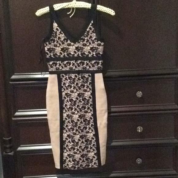 Eva Longoria Dresses & Skirts - Eva Longoria body con dress